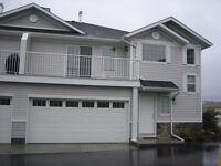 Double garage townhouse with 2 bedroom and 2 bath