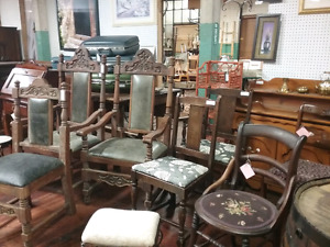Antique furniture, nostalgia, collectibles plus 1000 booths