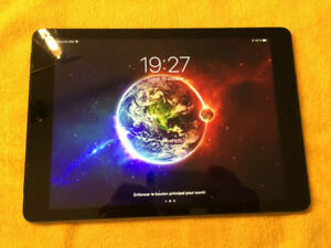Ipad Air 128Go Wifi + Cellulaire comme neuf