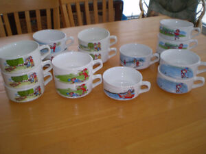 CAMPBELLS SOUP BOWLS AND MUG