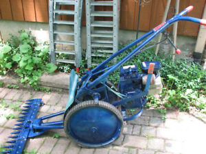 Self propelled sickle mower