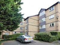 Studio flat in Stubbs Drive, South Bermondsey SE16