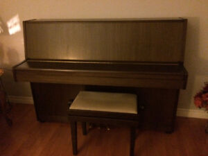 Hohner piano in great condition