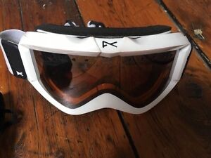 Shred the Gnar, with these New Anon Goggles