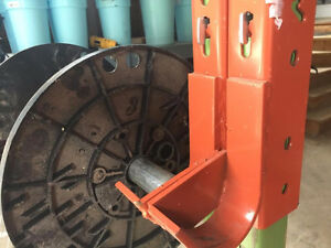 Redirack pipe cable spool brackets