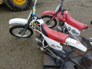 2 XR 100 Honda dirtbikes for parts or repair