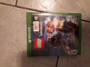 LEGO Jurassic world 15$