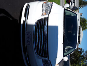 2015 Chrysler Town and Country in mint condition