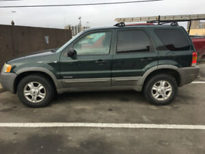SUV Ford Escape XLT 2002- reduced price