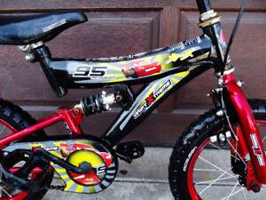 "Kids bike 14"" tires macqueen , dual suspension"