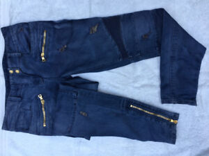 Balmain Paris - Distressed blue jeans