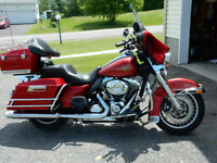 Electra Glide Classic 2012 with 2yrs extended warranty- REDUCED