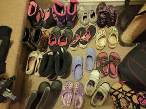 16 kids boots & shoes 2$ each pair or 20$ for the box size 11-2