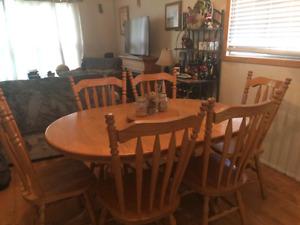 Oak kitchen table set $700 obo