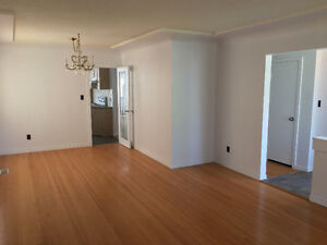 Vancouver 3 bed 1 bath (Killarney area)