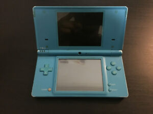 NINTENDO DSI WITH R4 (38 GAMES IN ONE)!!!