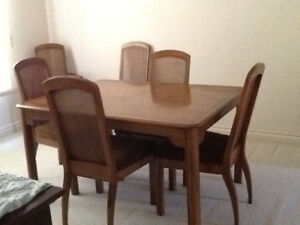 Dinning Room Table, Hutch & Chairs