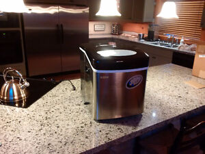 COMMERCIAL COUNTERTOP ST ST ICEMAKER