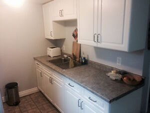Quiet 2 Bedroom ALL Inclusive in the North End! Peterborough Peterborough Area image 1