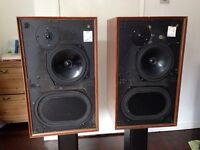 Vintage Kef cadenza loudspeakers using t27 tweeters