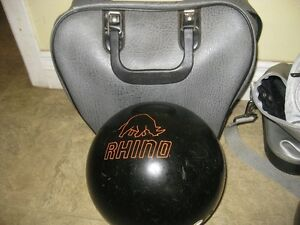 Rhino Bowling Ball with Bowling Bag for Sale