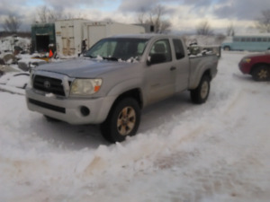 Parting out 06 Toyota Tacoma 4x4
