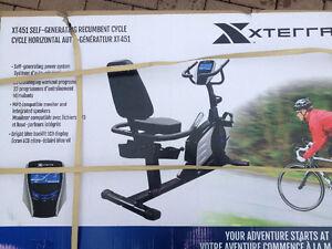 Vélo stationnaire incliné Xterra XT451
