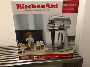 Kitchen Aid Mixer Artisan $315