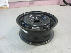 4 roues 16 pouces / 4 steel wheel 16 inches