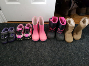 Size 8 girl shoes/boots