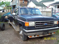 1989 Ford F-350 Pickup Truck 5 Speed Manual Diesel Dually