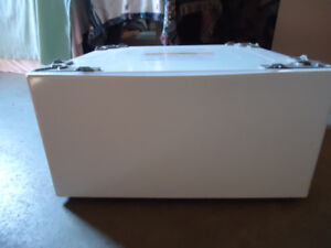 Washer or Dryer New Pedestal With Drawer