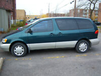 1998 Toyota Sienna Camionnette