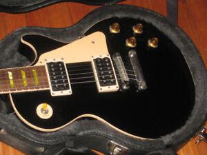 Gibson Les Paul Classic USA...Échange considéré
