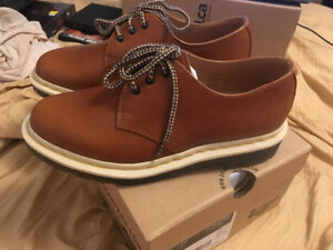 Brand New - Doc Martens 1461 Analine; W 7US, M 6US - UK 5, EU 38