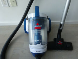 BISSELL Multi Cyclonic Canister CleanView Vacuum Powerful, bagl