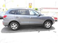 2009 SANTA FE GL..FWD..LOADED..ONE OWNER-NO ACCIDENTS  !!!