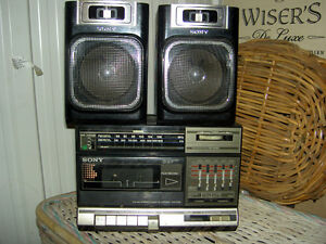 Assorted Radios AM / FM Band West Island Greater Montréal image 4