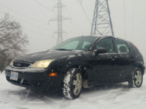 2007 Ford Focus SES Hatchback - gas saver | video+pictures