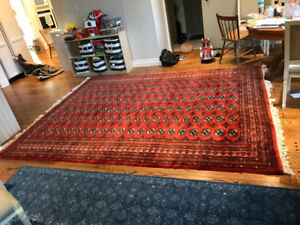 $300- 8x10 Turkish rug - red colours - EUC