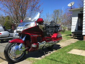 Gold Wing 1500. 6,199$ négociable