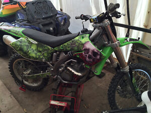 2004 KXF250 (Great condition,new tires, chain + sprockets)