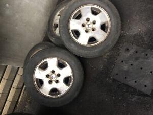 ** Aubaine pneu avec mags Honda**