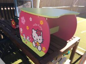 Hello Kitty kids table