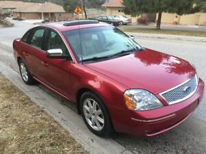 2007 Ford Five Hundred Limited Sedan - PRICE REDUCED