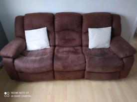 Reid's Furniture 3 seater recliner sofa