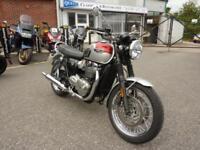 Triumph Bonneville T120 2 Tone 17/17 reg MINT FSH