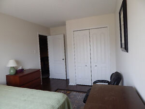 $500 Room for rent - May 1 to end of August 2017 (Barrhaven)