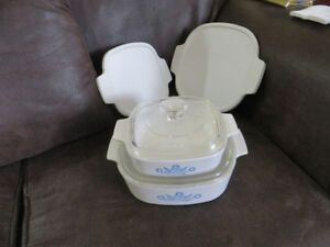 2 Corning Ware dishes with lids - Newmarket area