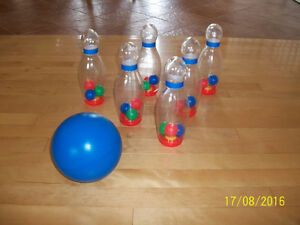 Indoor or Outdoor 6 Pieces Kids' Bowling Set for Sale